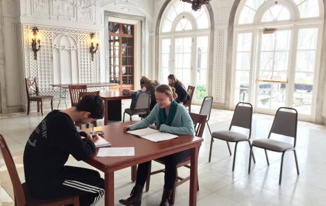 Right next to the library, the Garden Room offers a nice bright location to study, where you can also take in the view of the formal gardens!