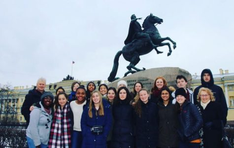 LFA students on the HOSS trip pose in front of the Bronze Horseman statue in St. Petersburg.