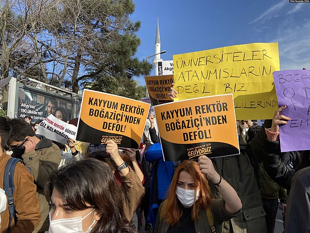 Boğaziçi University students protest the new rector.
